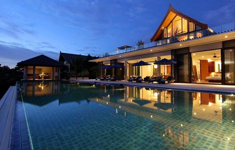 作为度假别墅设计里最基本的设施,泳池的设计可谓恰到好处.