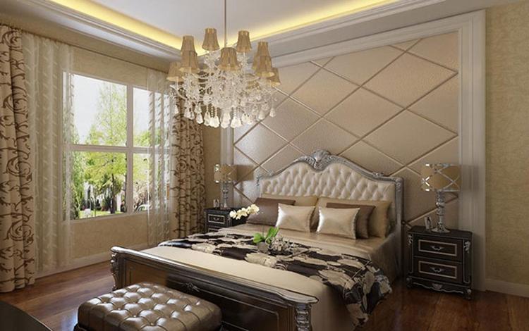 本案例以现代风格装修设计为主,融入简欧与美式的装饰元素,风格多而物不杂,设计洗练,却将空间、人与物进之间的关系完美联系,通过不同材质的有序组合,构筑出丰富的装修空间效果。  客厅的装修空间明朗的色彩搭配、硬朗的线条设计,简单、时尚、大气。电视背景墙以整块大理石为装饰,在一片象牙白中与深色窗帘相呼应。